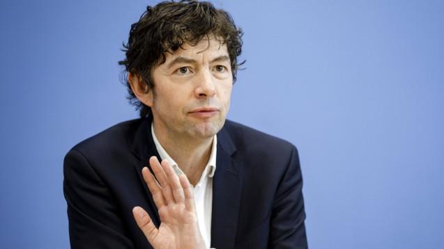 Prof Dr. Christian Drosten von der Charité sieht keinen Hinweis darauf, dass Ibuprofen Covid-19-Erkrankungen verschlechtern könnte. ( s / Foto: imago images / panthermedia)