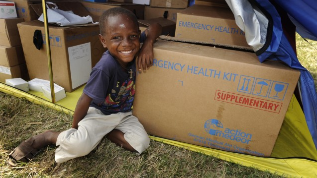 Entwicklungszusammenarbeit und Katstrophenhilfe: Der Tübinger Kurs rüstet Apotheker und Pharmaziestudenten für die humanitäre Hilfe. (Foto: action medeor)