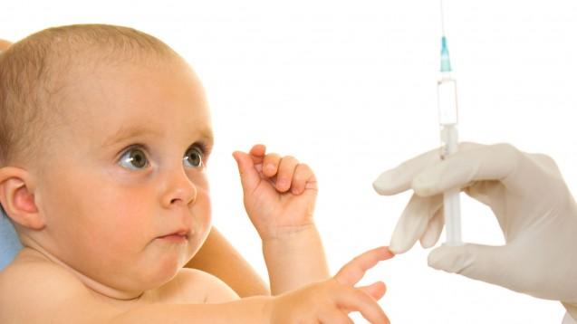 Wann sollten Eltern ihre Säuglinge und Kinder gegen Grippe impfen lassen? (b/ Foto: Sergey Khamidulin / stock.adobe.com)