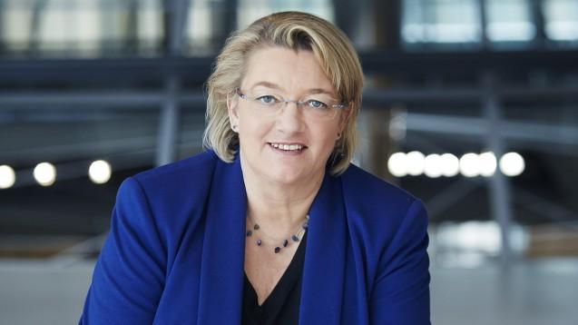 Kordula Schulz-Asche zieht ihre Stamm-Apotheke dem Versandhandel vor. (Foto: L. Chaperon)