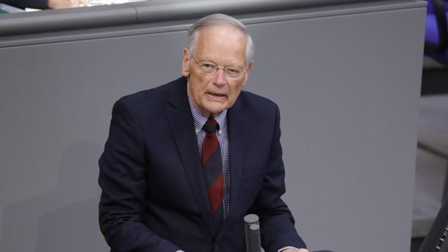Der gesundheitspolitische Sprecher der AfD-Bundestagsfraktion, Prof. Axel Gehrke, will wissen, ob ein Koranzitat bei einem Pankreaspulver für muslimische Patienten notwendig ist. (Foto: imago images / Metodi Popow)