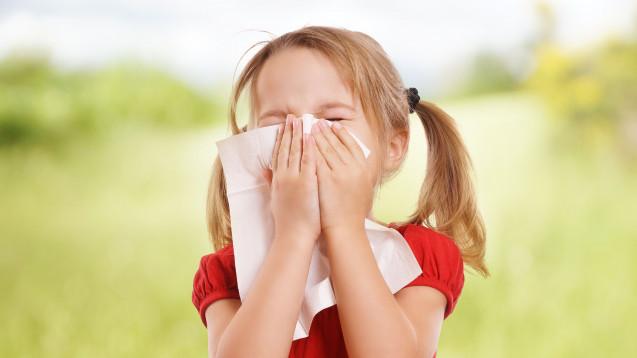 Welche antiallergischen Arzneimittel eignen sich für Kinder? (Foto: underdogstudios / stock.adobe.com)