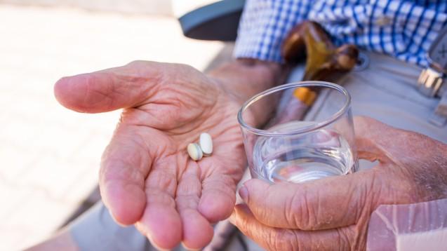 Nicht nur Kinder, auch geriatrische oder neurologische Patienten können Probleme beim Schlucken fester Arzneimittel haben. ( r / Foto:Mike Fouque / stock.adobe.com)