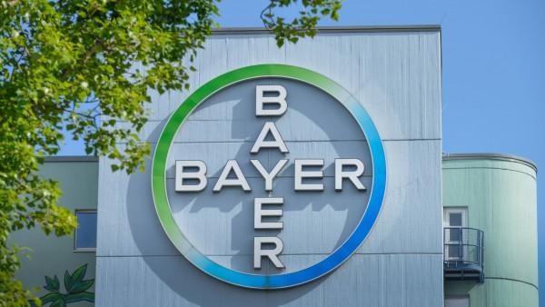 Bayer richtet Testlabor ein,  Chemieindustrie produziert Desinfektionsmittel