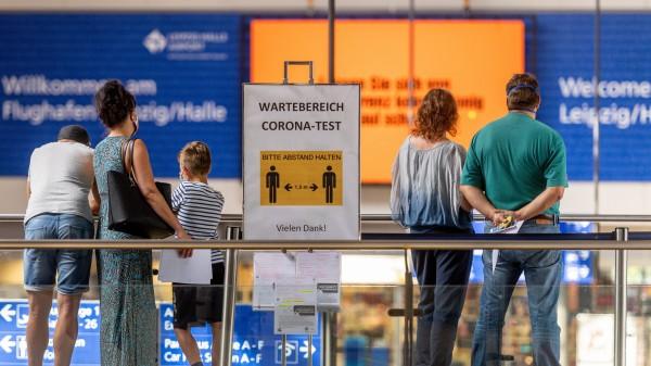 Bund und Länder beraten über neue Teststrategie