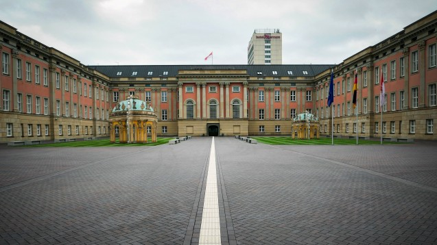 Im Brandenburger Landtag geht`s mit der Aufklärung des Lunapharm-Skandals voran: der Abschlussbericht der Lunapharm-Taskforce liegt vor. (b / Foto: Imago)