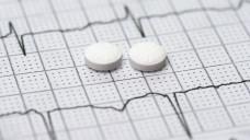 Der Nutzen von 100 Millligramm ASS zur Primärprävention von Herzinfarkt & Co ist neueren Erkenntnissen zufolge gering. (c / Foto: Sherry Young (/ stock.adobe.com)