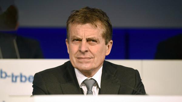 Stada-Chef Albrecht verlässt Unternehmen doch komplett