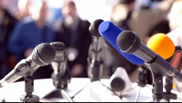 """Ein Radiomoderator für die ABDA.Die ABDA will ihre Außendarstellung gegenüber Medien, Fachöffentlichkeit und Politik deutlich verstärken. Schon seit längerer Zeit ist ein sogenannter """"Newsroom"""" geplant. Mit etwas Verspätung stellt die Interessenvertretung der Apotheker nun einen ehemaligen Radiomoderatoren ein, der die Internetseite regelmäßig mit Nachrichten füttern soll.(Foto: fotolia / wellphoto)"""