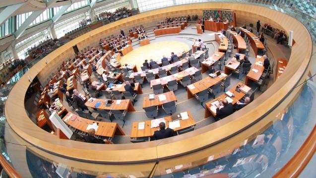 Die CDU- und FDP-Regierungsfraktionen im NRW-Landtag lehnen es ab, Zyto-Apotheken strenger zu kontrollieren. (Foto: Imago)