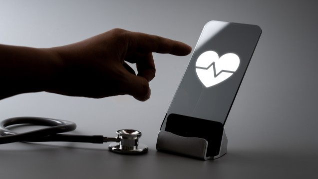 Den Gesundheitszustand anhand von Lungen- und Herzgeräuschen selbst kontrollieren? Mit einer solchen Idee will es das Start-up Sanascope in die Apotheken schaffen. (Foto: alice_photo / stock.adobe.com)