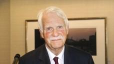 Dr. Jörn Graue im manifestiertenUnruhestand: Der Vorsitzende des Hamburger Apothekervereins bleibt auch Vorstandschef des NARZ. (Foto: DAZ.online/tmb)