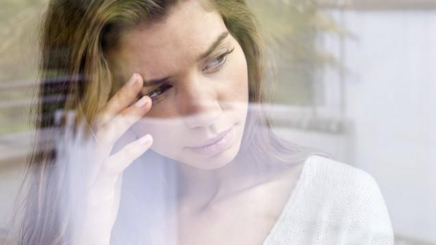 Keine Zulassungsempfehlung für Emgality bei episodischem Clusterkopfschmerz: Anders als die FDA, sieht der CHMP der EMA nicht, dass der Nutzen von Galcanezumab in der Prävention von Clusterkopfschmerz überwiegt. ( t / Foto: imago images / Science Photo Library)