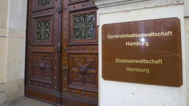 Die Staatsanwaltschaft Hamburg und die Polizei haben am heutigen Vormittag 47 Objekte in mehreren Bundesländern durchsucht. Bei Ärzten, Apothekern und Zyto-Unternehmen besteht der Verdacht auf Abrechnungsbetrug. (c / Foto:: imago images / Lars Berg)