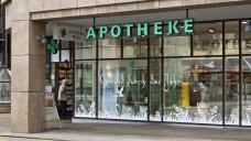 Bald auch in der Drogerie: Die Schweizer Arzneimittelbehörde will rund 600 OTC-Präparate aus der Apotheke in die Drogerien entlassen. Weitere OTC-Arzneimittel sollen auch in Supermärkten erhältlich sein. (Foto: dpa)