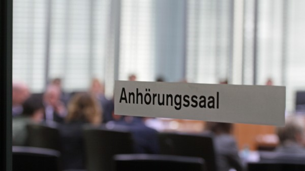 ABDA und SPD streiten über Rx-Boni und Spezialrezepturen