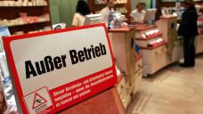 Keine Beratung vor Ort mehr: Im Münchener Stadtteil Schwabing muss ein Apotheker seine Filialapotheke aufgrund einer Mieterhöhung aufgeben. (Foto: dpa)