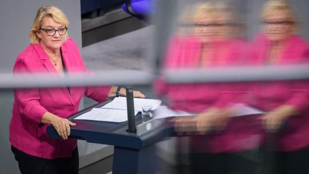 Die Grünen-Gesundheitsexpertin Kordula Schulz-Asche hätte sich mit Blick auf die PTA-Berufsreform noch weiter reichende Maßnahmen gewünscht. Werden die Grünen im Bundesrat protestieren? (s / Foto: imago images / Spicker)