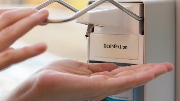 ABDA: Apotheken sollen bald Desinfektionsmittel herstellen dürfen
