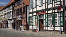 Im vergangenen Jahr konnten sich die Apotheken in Mecklenburg-Vorpommern (hier ein beispiel in Grabow) über eine Umsatzsteigerung von durchschnittlich 3,8 Prozent freuen, der Ertrag blieb aber fast unverändert. (Foto: Imago)