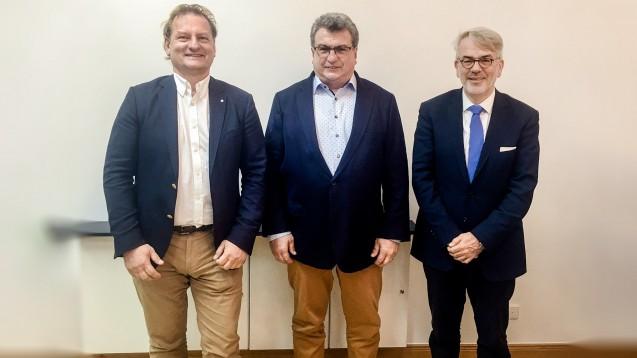 Der neue Vorstand des Bundesverbands Deutscher Apothekenrechenzentren (VDARZ): Michael Dörr (ARZ Darmstadt), Werner Dick (Dick GmbH) und Klaus Henkel (ARZ Haan) (v.l.). (Foto: privat)