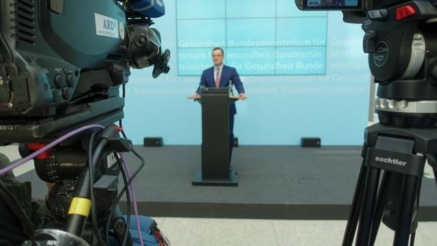 Bundesgesundheitsminister Jens Spahn (CDU) hat am heutigen Mittwoch das von ihm eingebrachte Apotheken-Stärkungsgesetz verteidigt. (s / Foto: bro / DAZ.online)