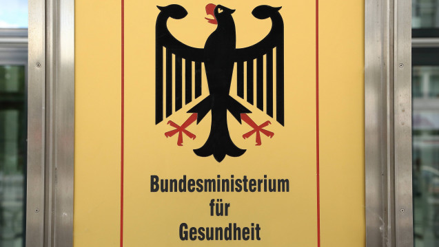 Weiterhin keine Klarheit beim hochsensiblen Thema Sterbehilfe: Das Bundesgesundheitsministerium weicht den meisten Fragen der FDP-Bundestagsfraktion zum Erwerb von letalen Betäubungsmitteln aus. (Foto: Imago)