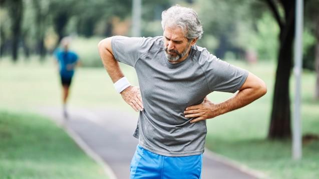 Wer eine COVID-19-Infektion überstanden hat, sollte schrittweise das Sportpensum erhöhen. (Foto: picsfive / AdobeStock)