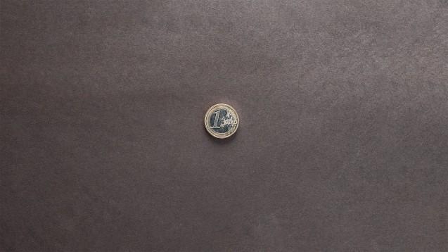 Ein Apotheker aus Berlin muss nun doch keine Geldbuße wegen seiner Werbung mit Ein-Euro-Gutscheinen für die Rezepteinlösung im Jahr 2010 zahlen. (Foto: Дмитрий Абрамов / stock.adobe.com)