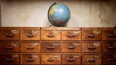 Reisevermittlung in der Apotheke ist tabu: Sie könnte dazu führen, dass der Apotheker seine eigentlichen Aufgaben vernachlässigt. (Foto: Andrea Lehmkuhl / Fotolia)