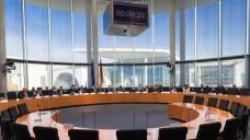 In einer öffentlichen Anhörung sollen Experten zum Rx-Versandverbot Stellung nehmen, das von der Linken-Fraktion wie auch von Bundesgesundheitsminister Hermann Gröhe (CDU) gefordert wird. (Foto: dpa)