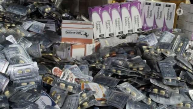 Fälschungen in deutschen Apotheken? Einer ARD-TV-Doku zufolge landen über viele Umwege auch hierzulande gefälschte Arzneimittel. (Screenshot: DAZ.online)