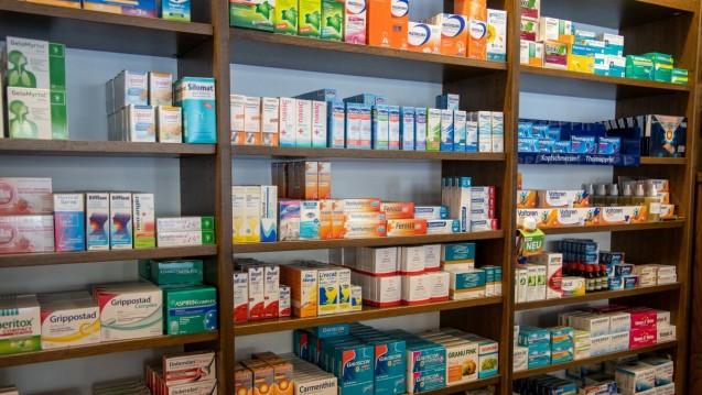Geht es nach den Liberalen, sollen die Krankenkassen künftig auch vermehrt für OTC-Arzneimittel bezahlen. (c / Foto: Schelbert)
