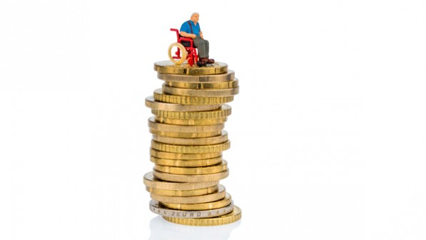 Pflegereform kostet 4,4 Milliarden mehr
