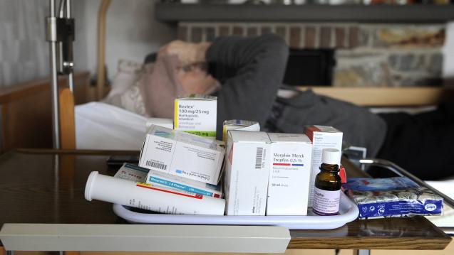 Die ambulante Palliativversorgung ermöglicht Patienten eine Versorgung zu Hause. (Foto: imago / Sven Simon)