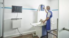 Der US-amerikanische Mars-Konzern übernimmt die schwedische Tierklinikkette AniCura, die auch in Deutschland Kliniken betreibt. (Foto: Imago)