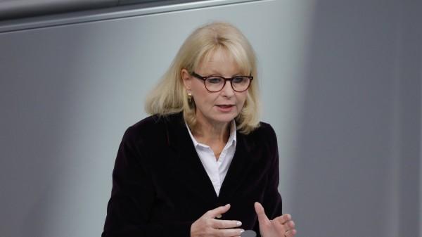 Maag attackiert Spahn im Bundestag wegen Rx-Boni