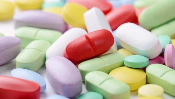 Ärzte und Apotheker sollen Millionen Pillen auf Drogenmarkt gebracht haben