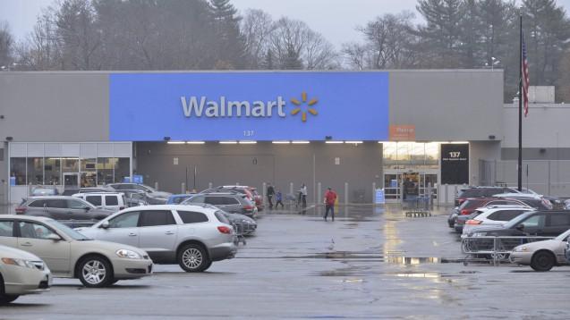 Die Opioid-Epidemie in den USA hat zu mehr als 450.000 Toten geführt. Walmart zählt zwar nicht zu den Pharma-Konzernen, denen häufig eine Hauptschuld gegeben wird, steht als großer Medikamentenhändler aber ebenfalls schon länger in der Kritik. (Foto: imago images / ZUMA Wire)