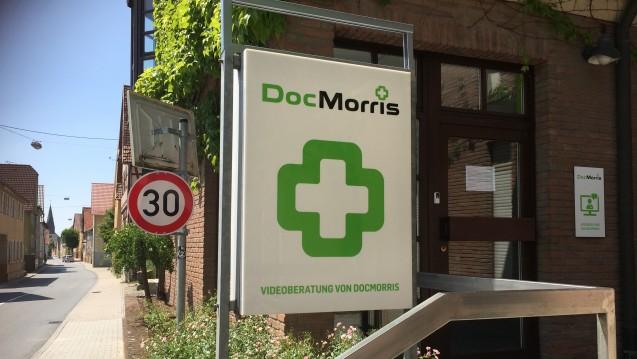 Die DocMorris-Videoberatung hat nach Auffassung namhafter Juristen keine Zukunft. Ohne Erlaubnis zum Betrieb einer Apotheke geht es nicht – und die bekommt DocMorris N.V. nicht. (Foto: diz)