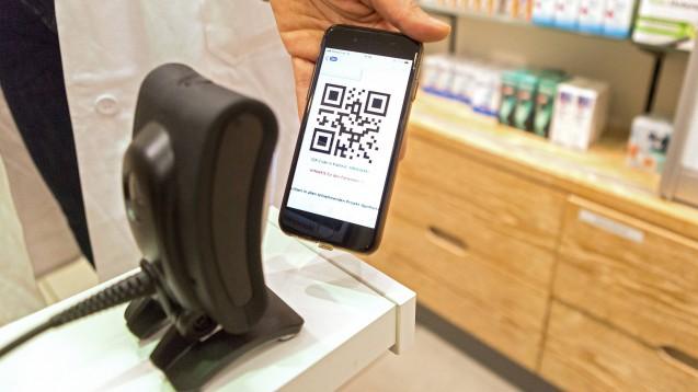 """Was können Apotheken am E-Rezept nach der Ausstellung durch den Arzt ändern, falls eine """"Heilung"""" nötig ist? (Foto: IMAGO / epd)"""