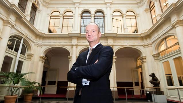 Ich bleibe! ABDA-Präsident Friedemann Schmidt wurde von der Mitgliederversammlung für weitere vier Jahre im Amt bestätigt. (Foto: dpa)