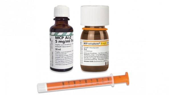 Alt (links) und neu: MCP-Lösung ist in niedrigerer Konzentration zurück. (Bildmontage: DAZ/Teva)