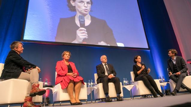 Beim DAT 2017 nahmen nur zwei Politikerinnen an der Diskussionsrunde teil: Katrin Vogler (Linke) und Maria Michalk (CDU). (c / Foto: Schelbert)