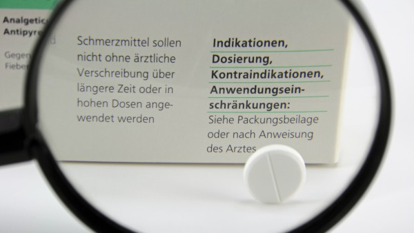 Neue Warnhinweise auf Schmerzmitteln im Bundesrat