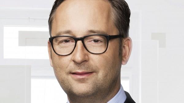DocMorris kritisiert BMG und kündigt Apotheken-Kooperation an