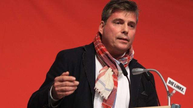 Der Linken-Chef in Mecklenburg-Vorpommern Torsten Koplin fordert, dass Pharmaunternehmen wegen des Aussteigens aus der Antibiotikaforschung verstaatlicht werden sollten. (Foto: imago images / BildFunkMV)