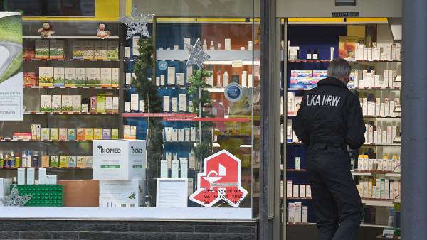 Verdächtiges Paket in Apotheke abgegeben – Polizei entwarnt
