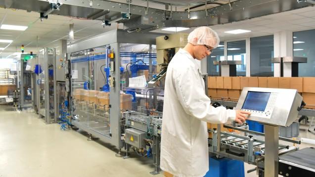 Es sollen wieder mehr Arzneimittel in Europa produziert werden – das meint auch der Gesundheitsausschuss des Europäischen Parlaments. (x / Foto:industrieblick / stock.adobe.com)