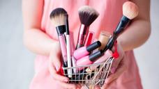 Kosmetika im Wert von über 13 Milliarden Euro wurden 2016 in Deutschland gekauft. (Foto: Elnur / stock.adobe.com)
